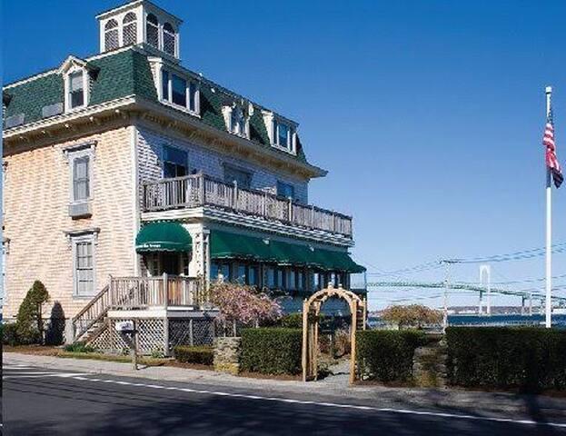 Wyndham Bay Voyage Resort RI