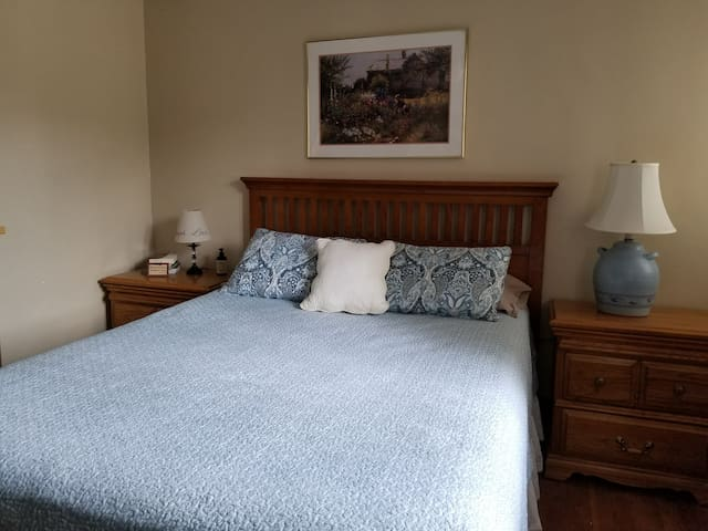 Lead: Queen bed in Windolph Historical Home