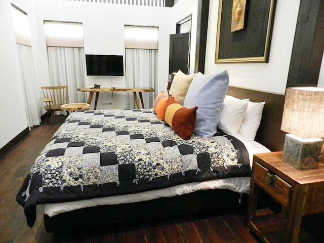 King Bed Place in Chiang Mai! - Chiang Mai - Apartment