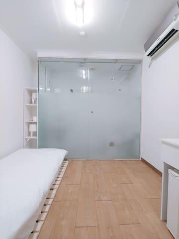미니멀 룸B (Minimal Room B)