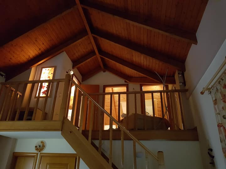 Maisonette with loft and fireplace in Arachova