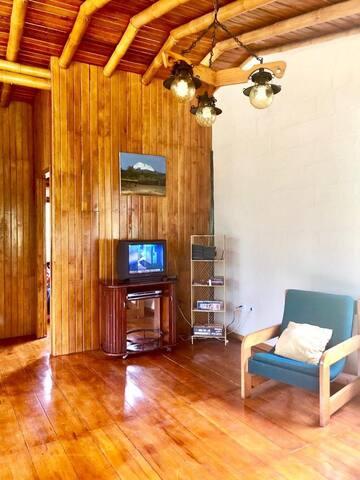 Sala de estar con TV Segundo piso