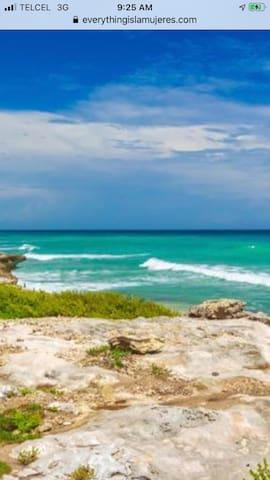 Isla Private 2 BedroomVilla~Oceanfront~Pool~ Beach