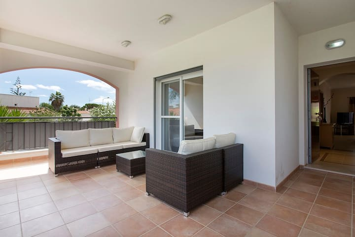 Lovely 2 bed apt. ideal for family or couples - Cabanas de Tavira