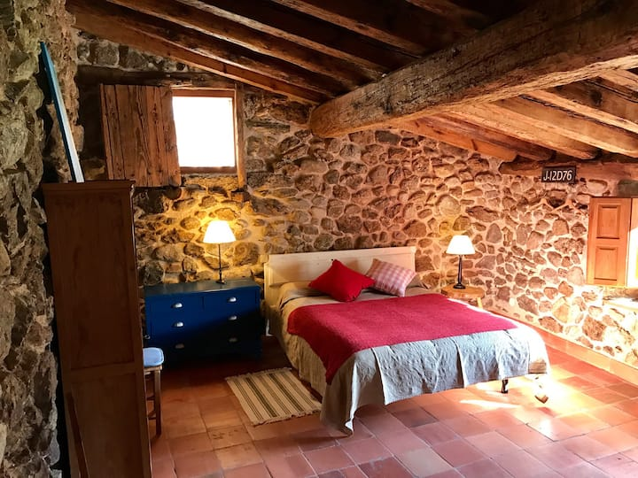 Dream loft with garden 2p, Sotosalbos 17km Segovia