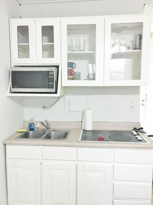 Kitchen with everything needed to cook