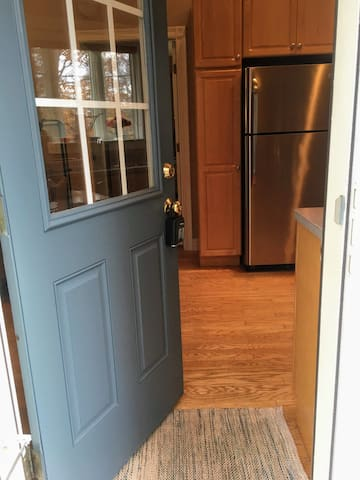 Main entry into apartment from driveway