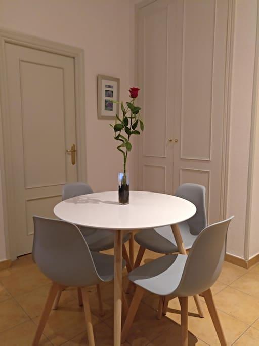 Comedor/ Dining room