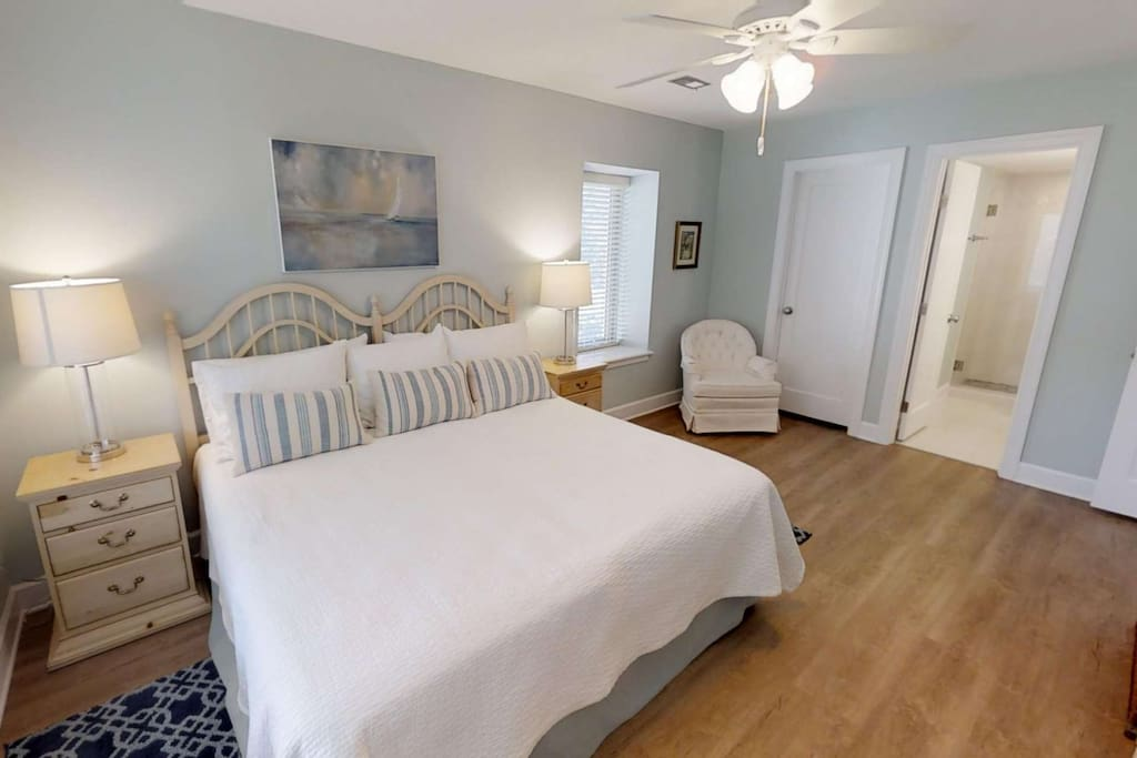 Spacious and comfortable Master Bedroom with on-suite master bath and King Size Bed.