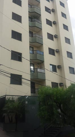 Apartamento localização excelente - Uberlândia - Lakás