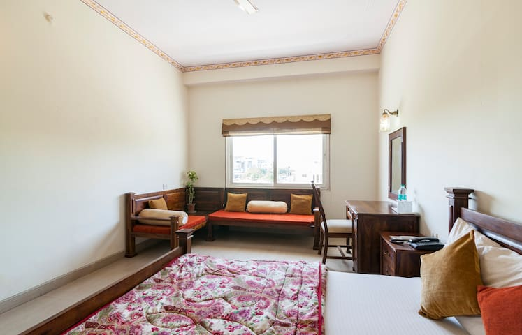 Heritage Boutique Stay near Jaipur airport