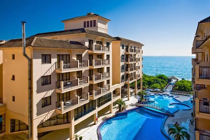 Apartamento no Hotel Jurerê Beach Village - Florianópolis - Departamento
