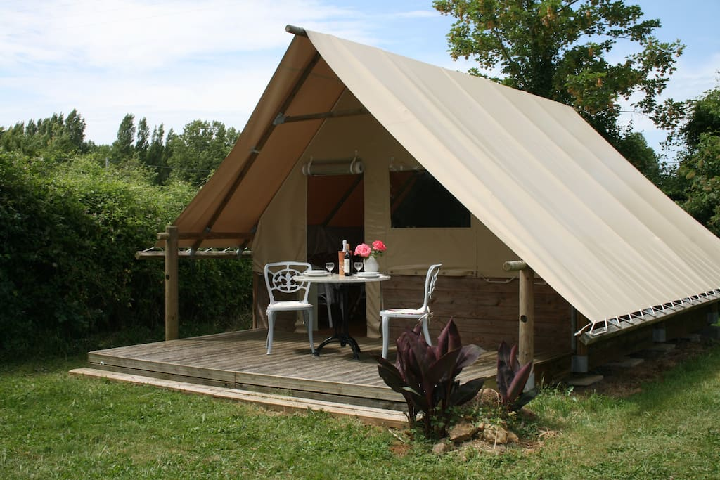 Peony lodge the good life in france nature lodges for for Lodges in france