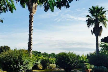 App. In villa Roma-Campus bio- mare - Trigoria Alta