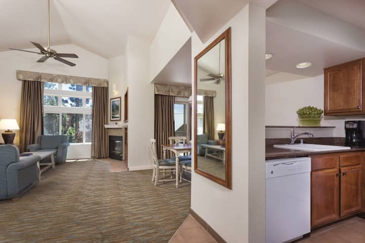 Club Wyndham South Shore, Nevada, 2 Bedroom Deluxe