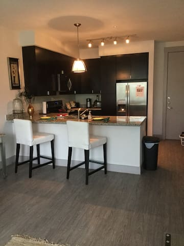 STYLISH UPTOWN Unit Near Local Life - Dallas - Apartemen
