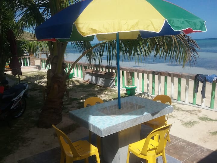 The Diamond Beach House ( good for 2 persons )