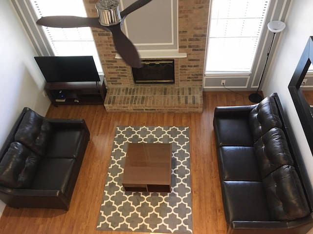 Close to Baylor Hospital - Downtown Dallas Home