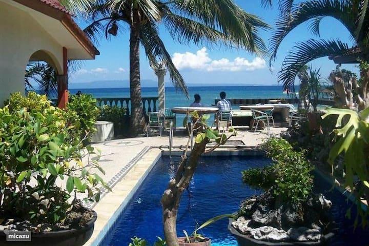 Rumah Mimpi - Candidasa Bali. WiFi, zwembad, AC. - Candidasa