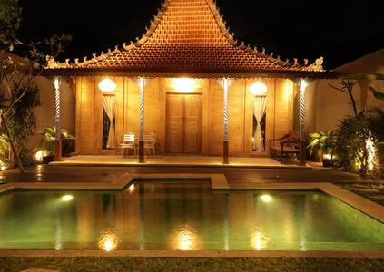One-Bedroom, Private Pool, Joglo House in Denpasar