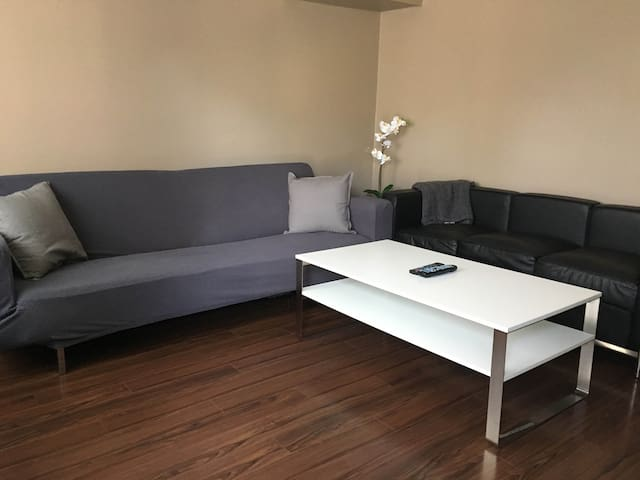 Guest House with Large Yard - Los Angeles - Guesthouse