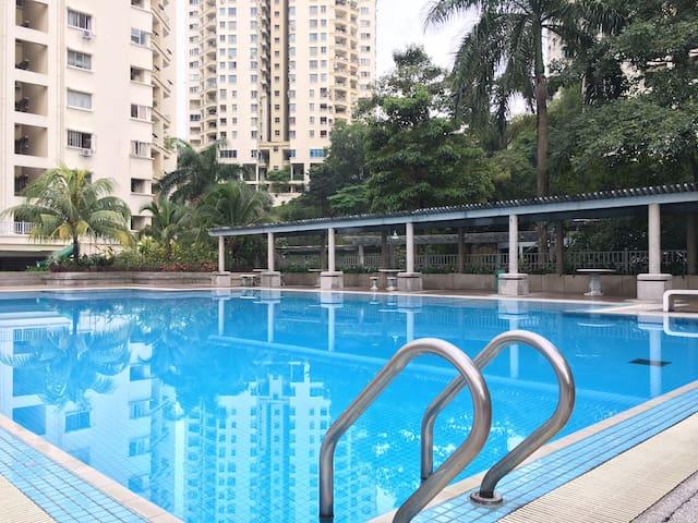 PENTHOUSE! Big Space, 5BR, UnlimitedWifi 100Mbps! - Kuala Lumpur - Kondominium