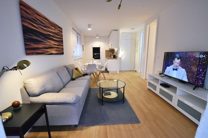 Charming new apartment Suzy - free garage parking