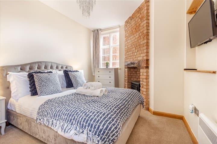 The Merchant House - 2 Bedroom Penthouse