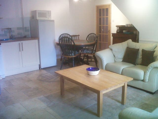 Bluebell Lodge Ground floor Apartment near Brecon