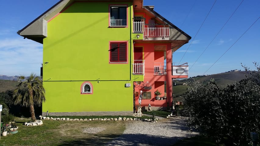 PEOPLE - Castorano - Bed & Breakfast