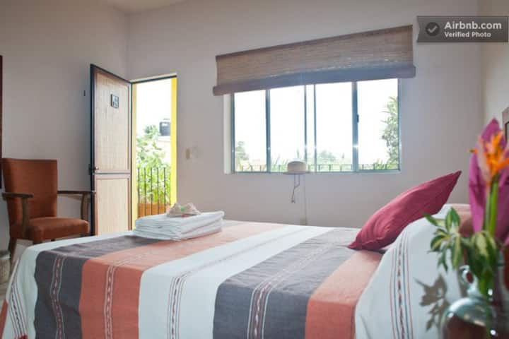 Habitación Matrimonial c/Aire y Desayuno