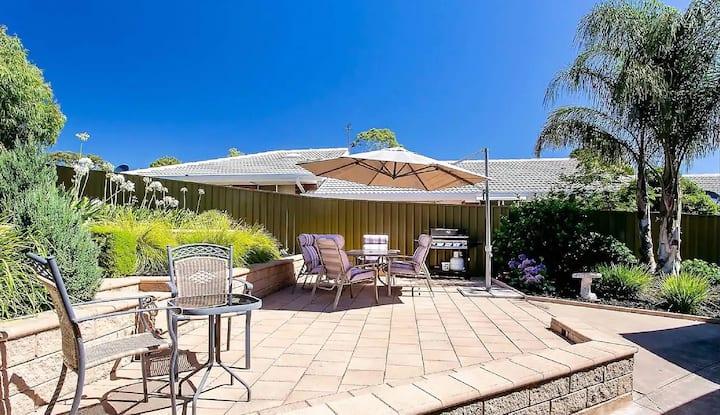 Unwind @ Pasadena Pet Friendly Villa with WIFI