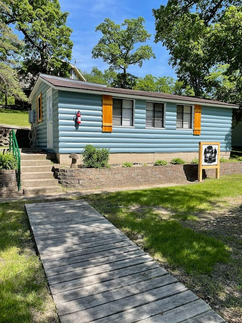 Reel Simple #2 cabin on Nest Lake Spicer, MN