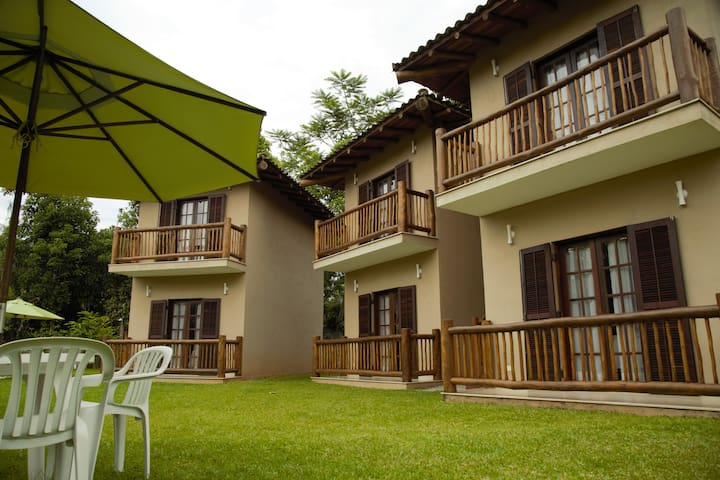 Suite 01 - Barra do Sahy - 50 mts da praia