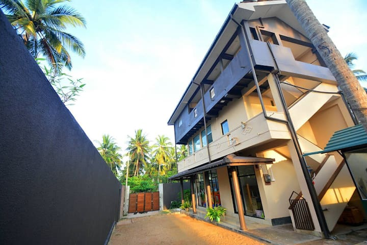 SL0203/Private beach/Max 6people/2bedroom/Wifi/Gym