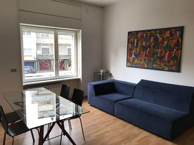 AMPIO BILOCALE NEL VERDE A 5 MINUTI DA LINATE - Segrate - Apartment