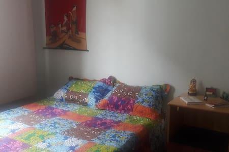 Bedroom with double bed - Belo Horizonte - Apartmen