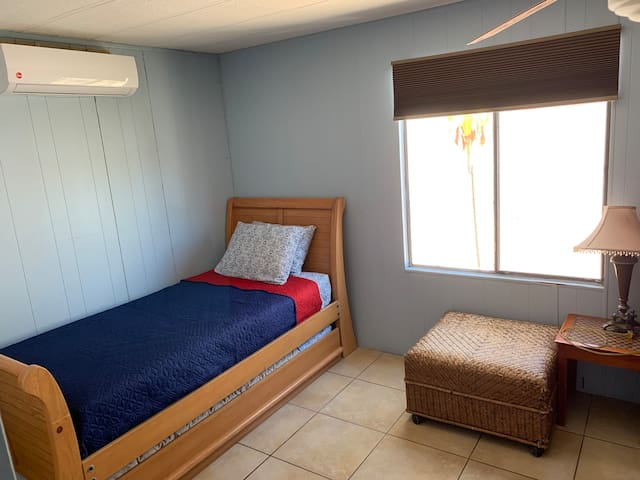 One side of the second bed room
