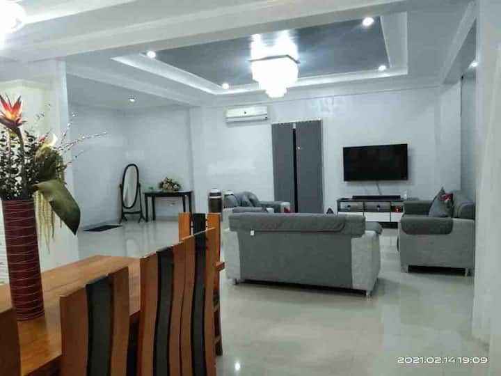 Deluxe spacious house close to the Hundred Islands
