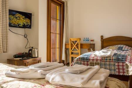 Geniş Balkonlu Junior Süit Oda - İznik - Lodge immerso nella natura