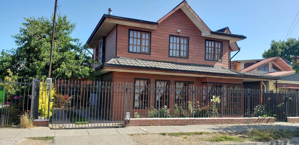 Hostal y hospedaje cerca de Valdivia