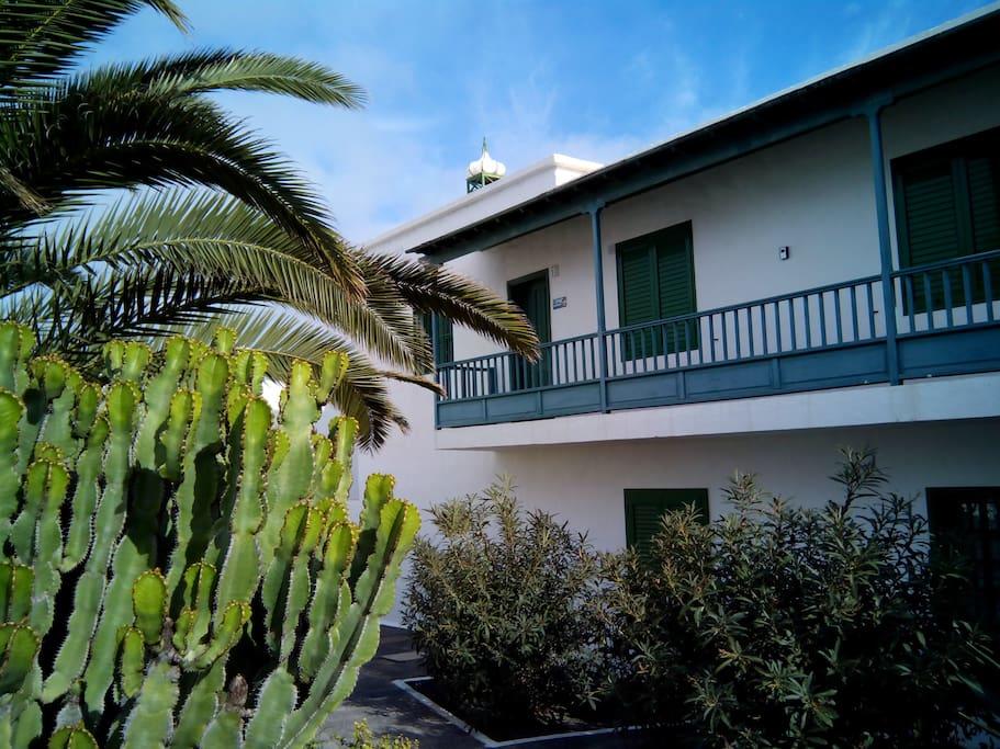 Les alizes du sahara palmera playa de las cucharas - La contemporaine residence de plage las palmeras ...