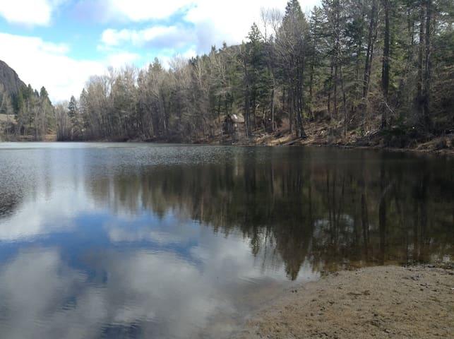 Twin lakes Turtle Retreat - keleden - Houten huisje