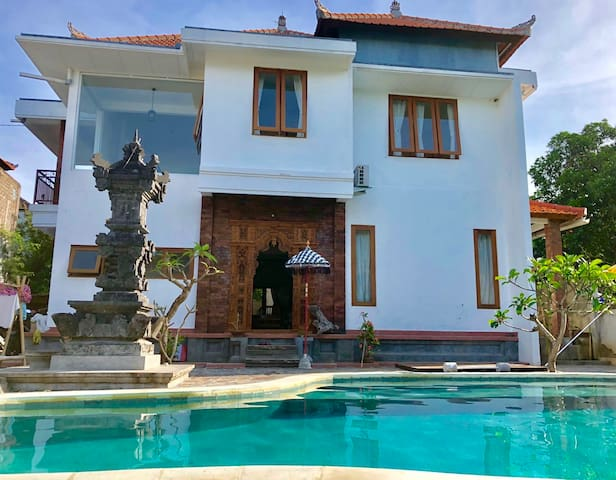 Stone's Villa 2