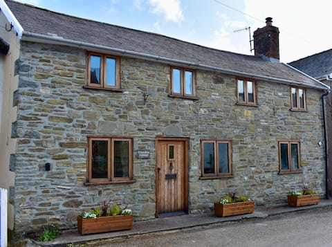 Cross Keys Cottage Holiday Let