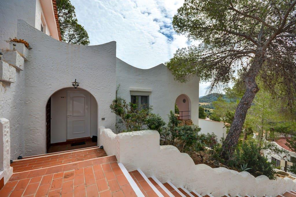 Double Bedroom In Cap Negret San Antonio Houses For Rent