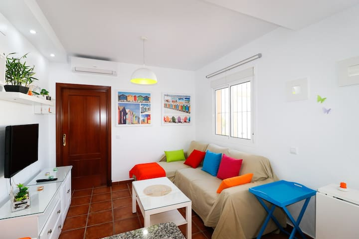 BEAUTIFUL APARTMENT ON THE BEACHFRONT. RT0212 - Rota - Appartement