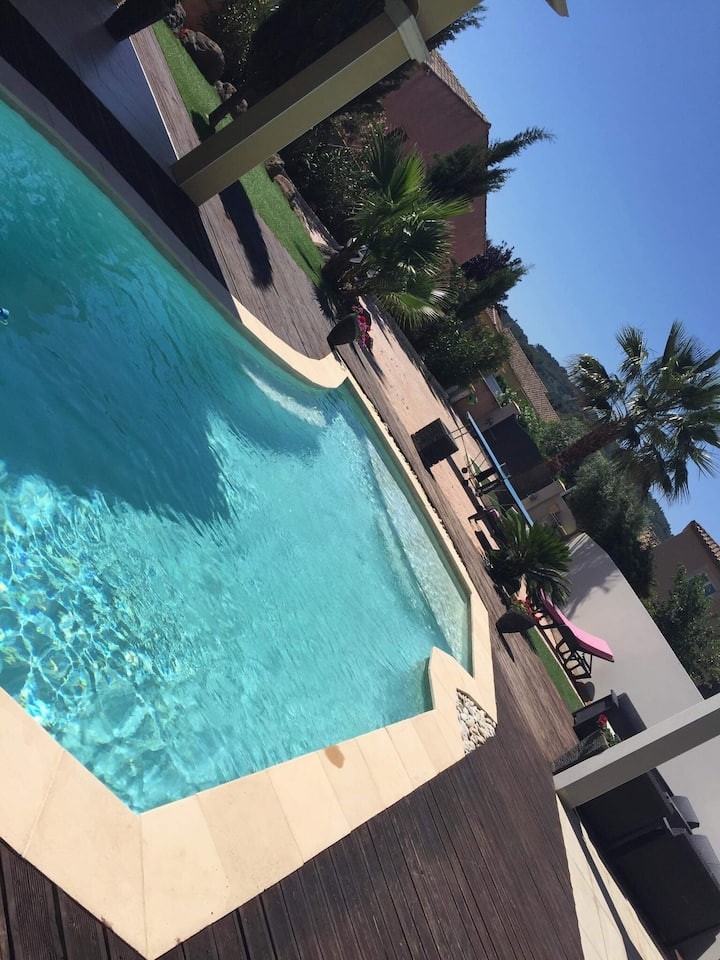 Villa piscine 200M2 à 2km Cap D'Agde