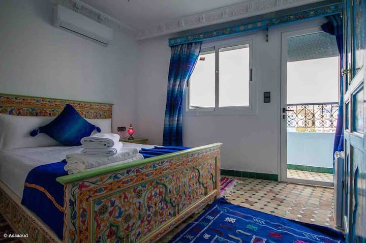 Deluxe double room with barcony (puerta Azul)