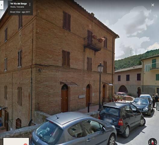Via del Borgo, 81